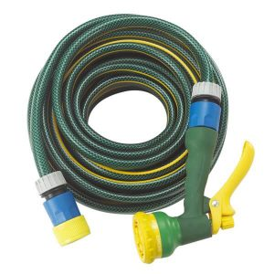 Garden Hose With Spray 1